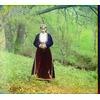 Армянка в национальном костюме.jpg