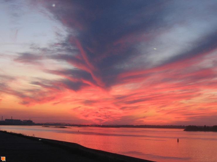 Закат над Канавинским мостом