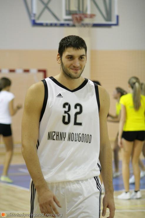 30. Артем Яковенко