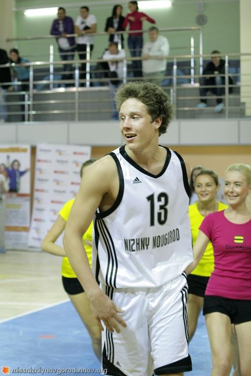 49. защитник Дмитрий Кулагин