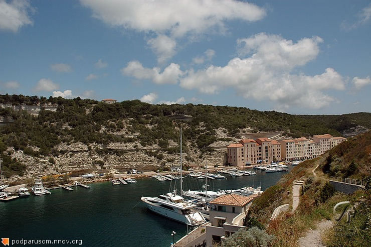 Яхтенный порт