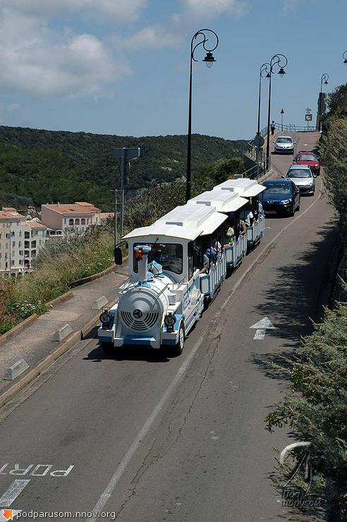 Экскурсионный паровозик