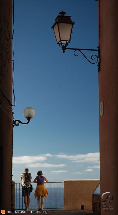 День, улица, фонарь