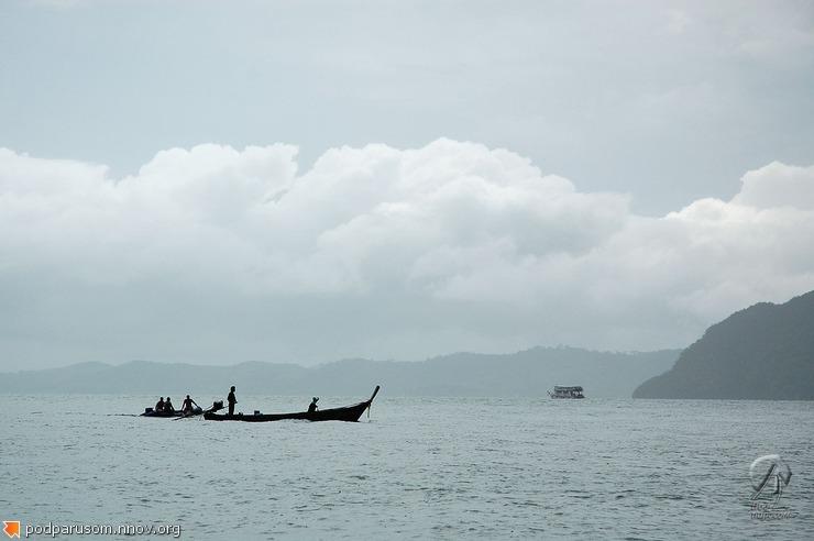 Силуэт лодок