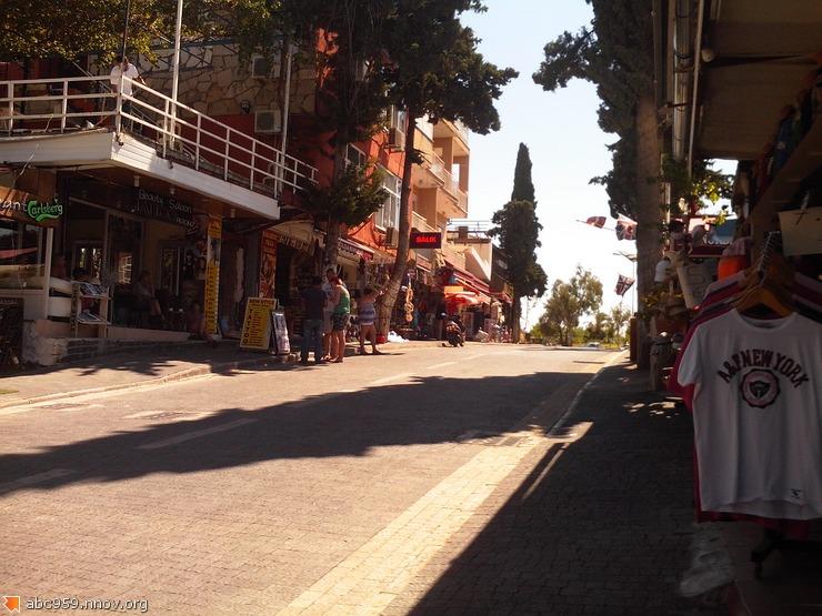 ул.Sarmasik sokak,Сиде,рядом с Мiami Beach Hotel/