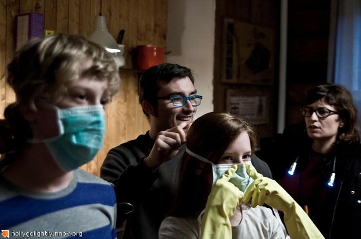 режиссер Серджо Бассо и русские дети-актеры.JPG