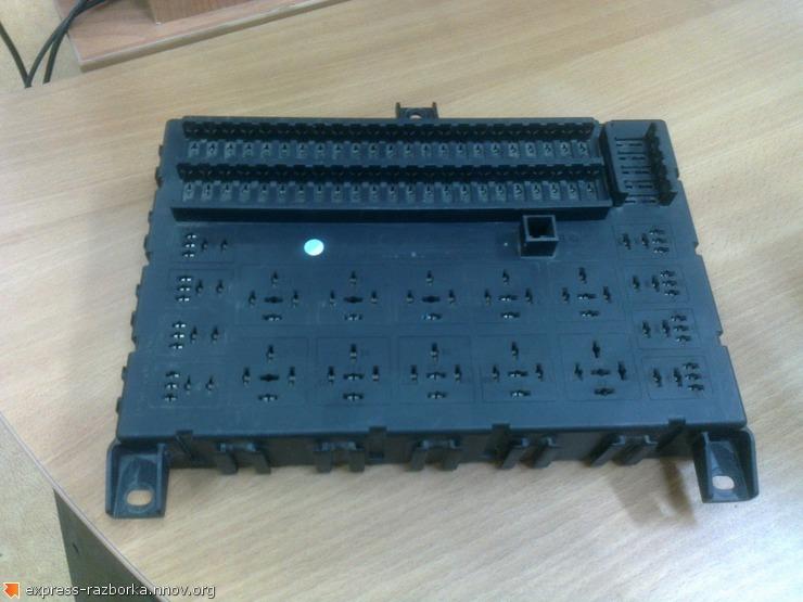 оф.0115 Блок предохранителей, монтажный блок Даф 1373830.jpg