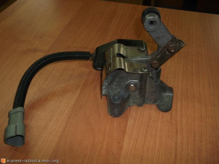 оф.0015 педаль газ F6HT 9F929 BC Sterling.jpg