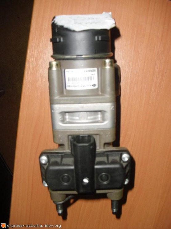 1639 Кран тормозной подпедальный EBS 0486200101 RP.JPG