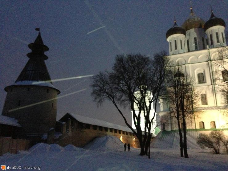 2013-02-18 17.50.27 в Псковском кремле.jpg