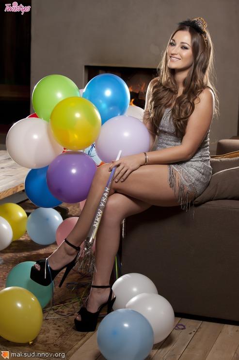Dani-Daniels-Feet-1194905.jpg