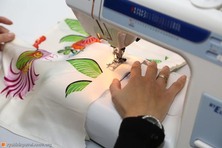 Раскрой и сборка моделей в Ателье №1 (партнер проекта Иволга). Дизайнер одежды Павел Рябинин Нижний Новгород.
