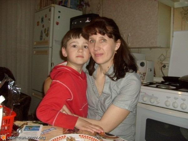 Санек с мамой.JPG