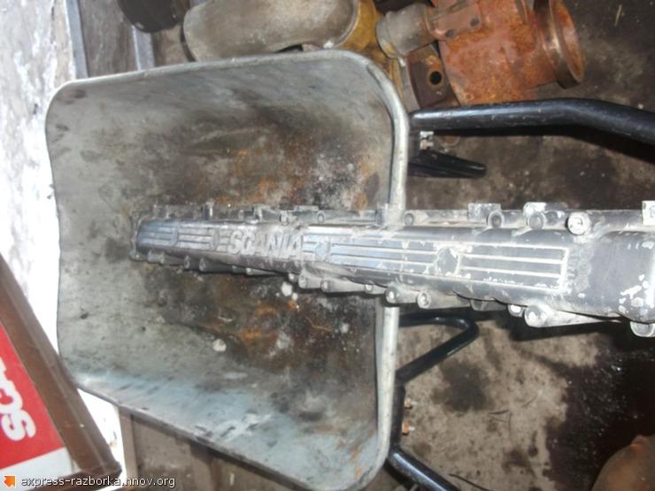 8746 впускной коллектор 1369122 Scania 4 скания.JPG