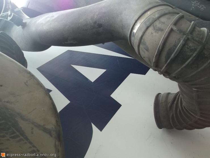 9550 Патрубок воздушного фильтра 1667680 DAF XF 105 даф.JPG