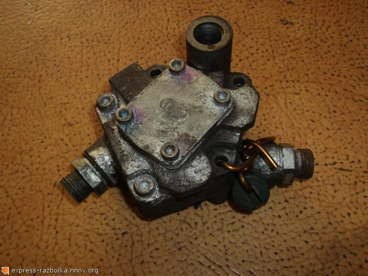 10338 Насос топливный механический с ГУРом 3897145 Iveco Cursor Stralis Ивеко фото 2.jpg