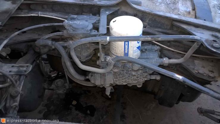 Авторазборка грузовиков в Нижнем Новгороде Лесная Поляна 19 мерседес аксор OM501 89107975034.jpg
