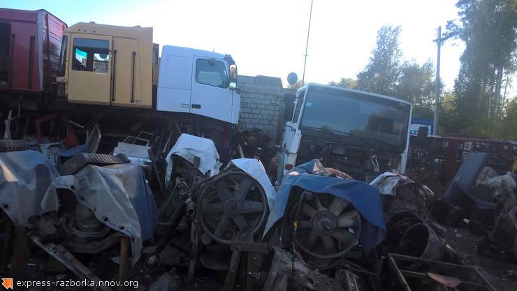 Авторазборка грузовиков в Нижнем Новгороде Лесная Поляна 19 рено магнум 430.jpg