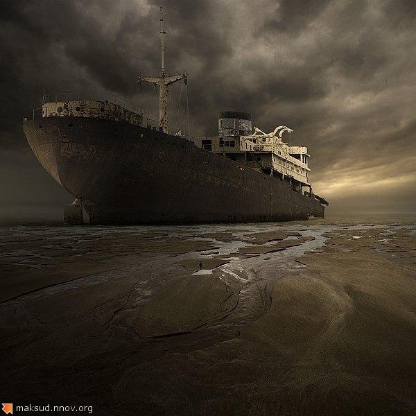 Чёрный корабль.jpg