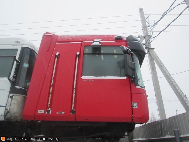 25527 Кабина RENAULT MAGNUM DXI12 рено магнум 440  2007 красная механика.jpg