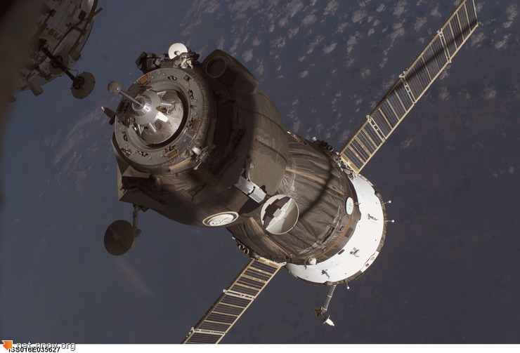 soyuzdock_iss16_big